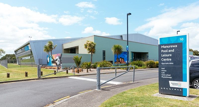 Manurewa Pool and Leisure centre exterior entrance