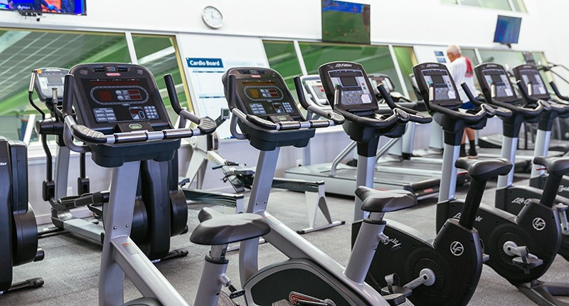 image of exercise bikes at manurewa pool and leisure centre